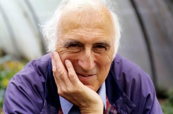 "LCI Book Club – ""A Cry Is Heard: my path to peace"" by Jean Vanier"